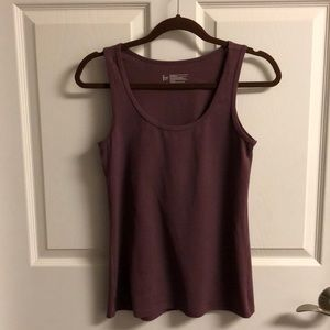 Felina Tank in size M Burgundy Shade
